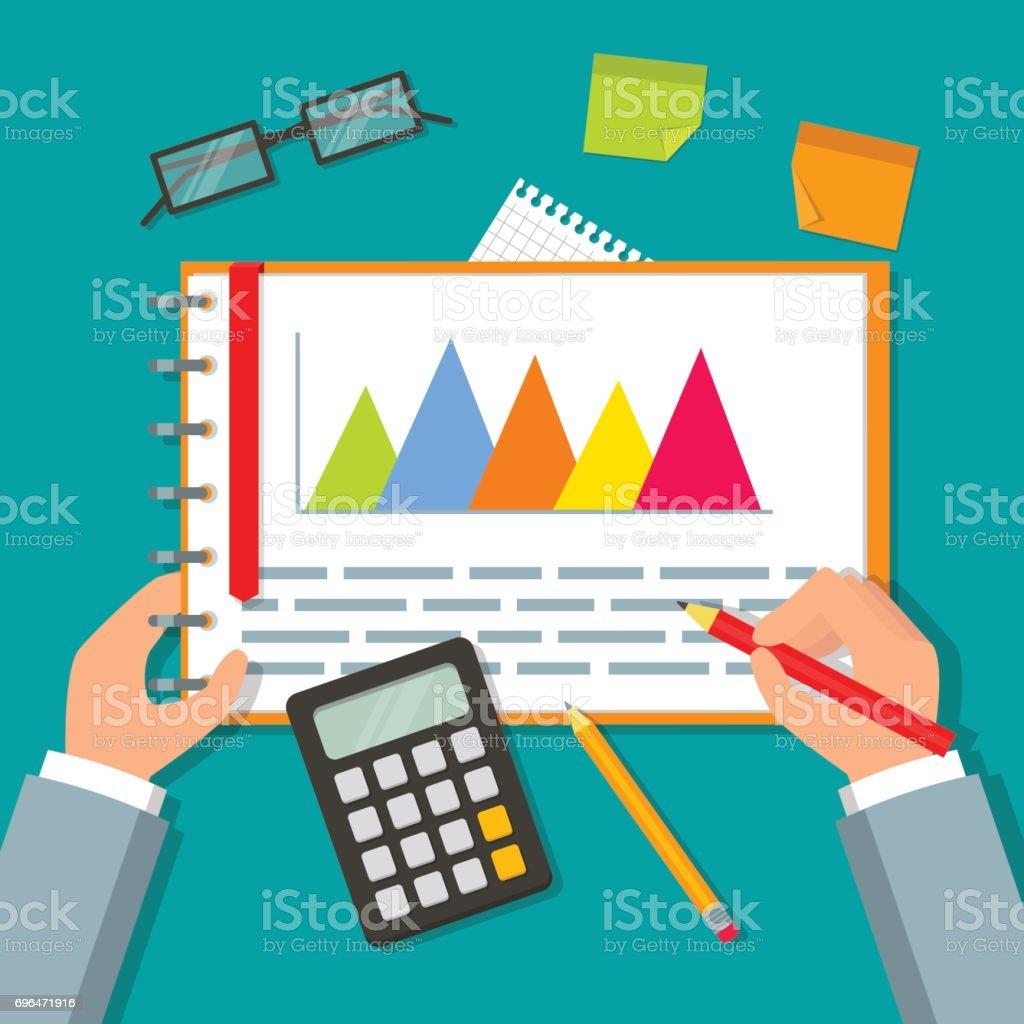 両手ビジネス プランのデータおよびグラフを開くリングノートオフィスの