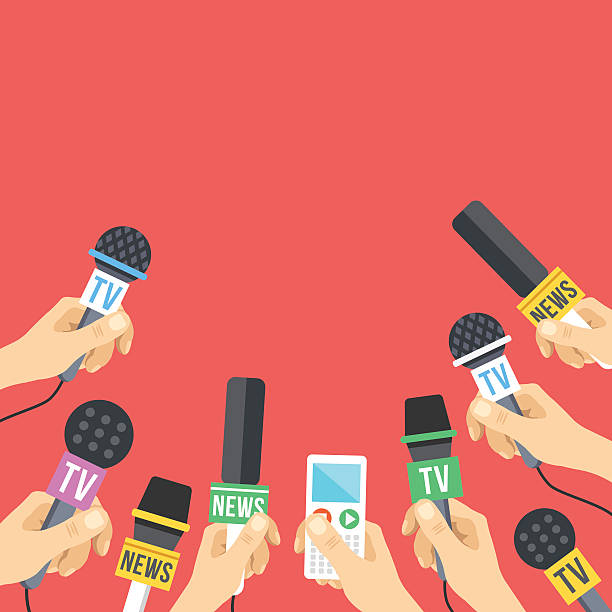 stockillustraties, clipart, cartoons en iconen met hands with microphones. journalism, live report, news. flat vector illustration - journaal presentator