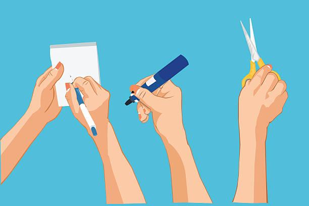 Mains écrire noter que, en tenant un tableau blanc et un crayon, ciseaux. - Illustration vectorielle