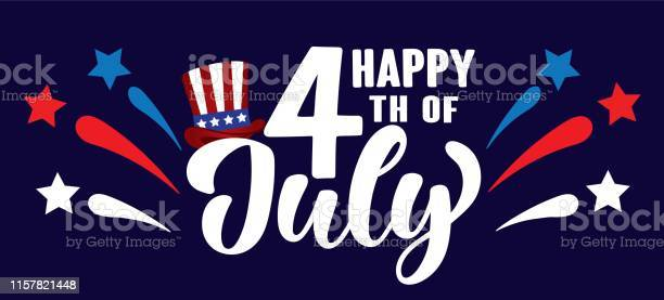 Happy 4th Of July Independence Day Usa Handwritten Phrase With Stars Hat Of Uncle Sam And Firework - Stockowe grafiki wektorowe i więcej obrazów 4-go lipca