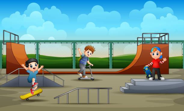 bildbanksillustrationer, clip art samt tecknat material och ikoner med happy boys ha kul på skate park - skatepark