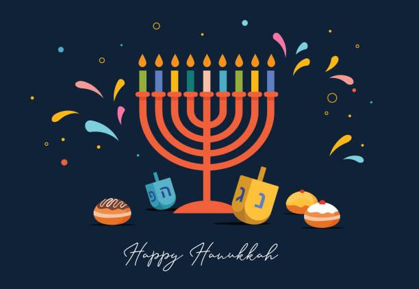 ilustraciones, imágenes clip art, dibujos animados e iconos de stock de feliz hanukkah, festival judío de las luces fondo para tarjeta de felicitación, invitación, estandarte con símbolos judíos como juguetes dreidel, rosquillas, candelatas menorah. ilustración vectorial - jánuca