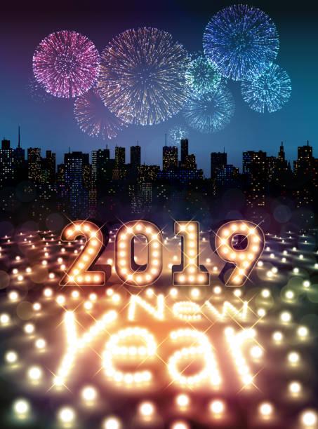 ilustrações, clipart, desenhos animados e ícones de feliz ano novo 2019 com bulbos e fogos de artifício sobre a cidade - fireworks sky