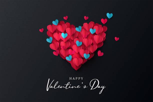 baner z okazji walentynek. wakacyjny projekt tła z dużym sercem wykonanym z różowego, czerwonego i niebieskiego origami hearts na czarnym tle tkaniny - kartka na walentynki stock illustrations