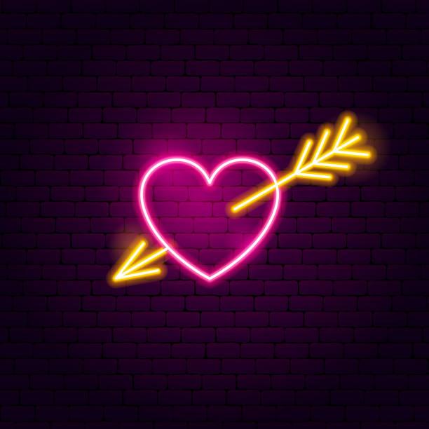 illustrazioni stock, clip art, cartoni animati e icone di tendenza di cuore con freccia neon segno - cuore spezzato