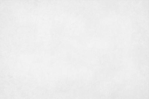 A Horizontal Vector Illustration Of A Plain Blank White Colored Blotched Background - Immagini vettoriali stock e altre immagini di Antico - Condizione