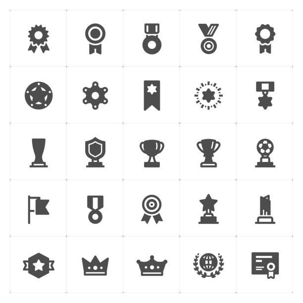 stockillustraties, clipart, cartoons en iconen met pictogram set - trofee en awards gevuld pictogram stijl vectorillustratie op witte achtergrond - kampioenschap