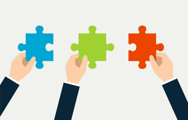 stockillustraties, clipart, cartoons en iconen met afbeelding van de puzzel in 3 handen - drie personen