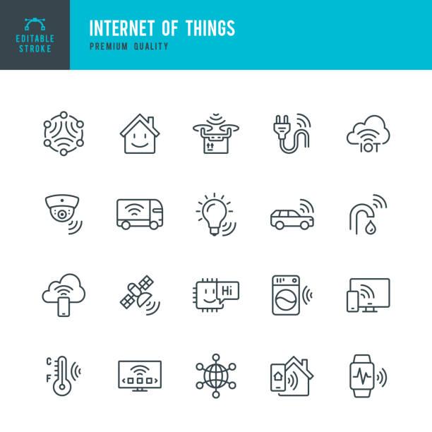 Internet der Dinge - Vektorliniensymbol gesetzt. Künstliche Intelligenz, Maschinelles Lernen, ComputerChip, Überwachung, Internet der Dinge, Smart Home. Umriss editierbarer Strich. – Vektorgrafik