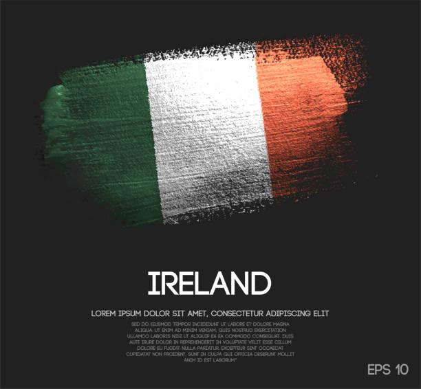 ilustraciones, imágenes clip art, dibujos animados e iconos de stock de bandera de irlanda de brillo brillo brocha pintura vectorial - bandera irlandesa