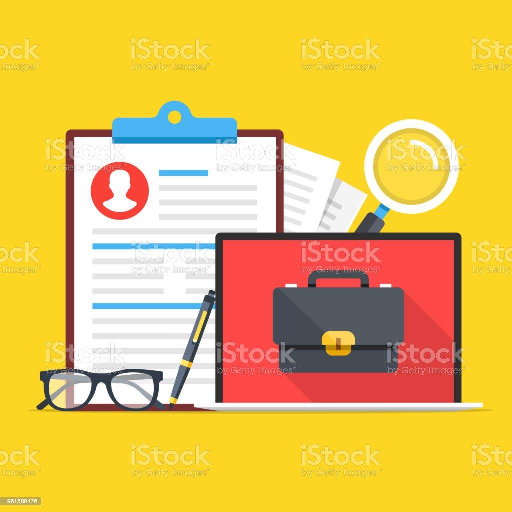 就職キャリアの機会cvカバー レター申し込み書虫眼鏡ペンメガネと画面上