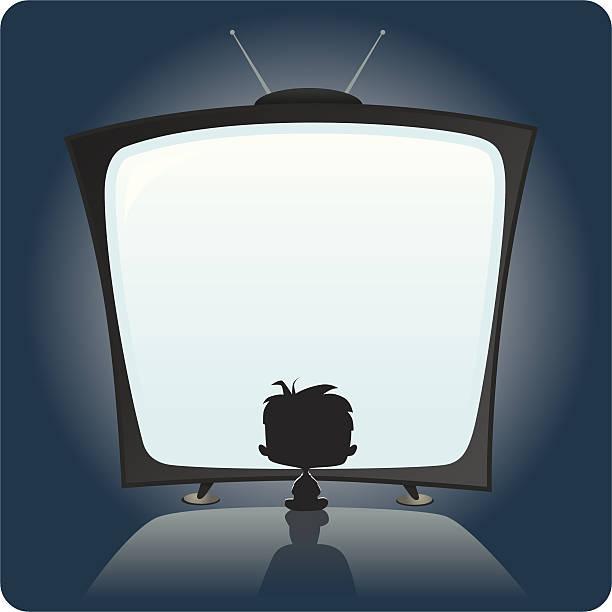 ilustrações de stock, clip art, desenhos animados e ícones de kid ver televisão - tv e familia e ecrã
