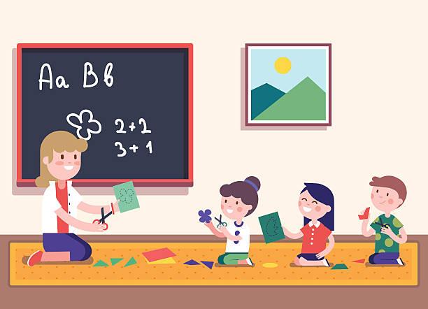 bildbanksillustrationer, clip art samt tecknat material och ikoner med kindergarten teacher teaching math to her pupils - förskolebyggnad