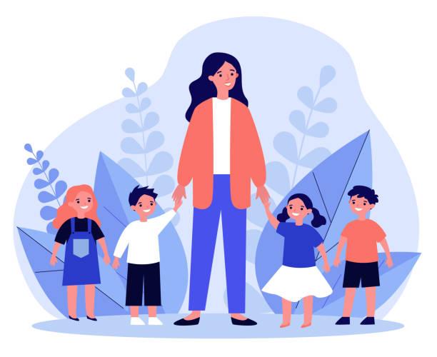 子供と一緒に歩く幼稚園の先生 - 保育点のイラスト素材/クリップアート素材/マンガ素材/アイコン素材