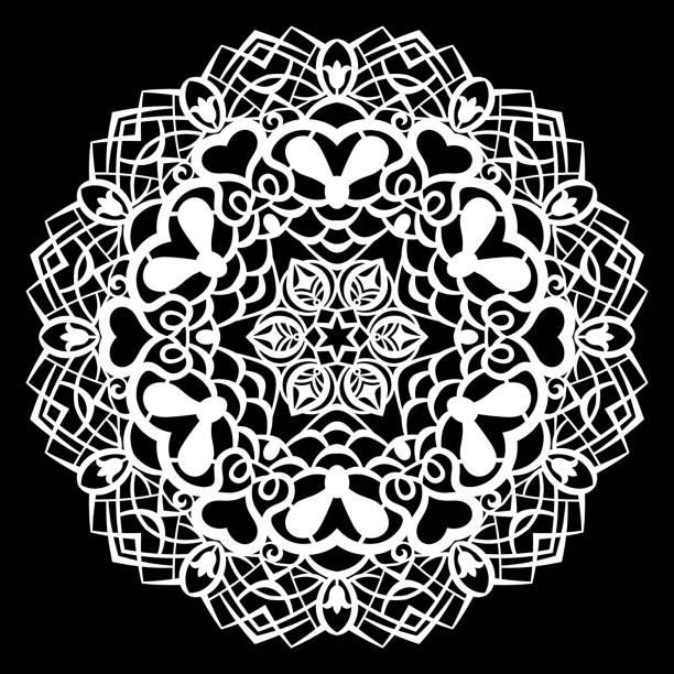 spitze runde papier deckchen, spitzen schneeflocke, gruß element, lasergeschnittenes vorlage, deckchen, dekorieren sie den kuchen, vektor-illustrationen. - tortenständer stock-grafiken, -clipart, -cartoons und -symbole