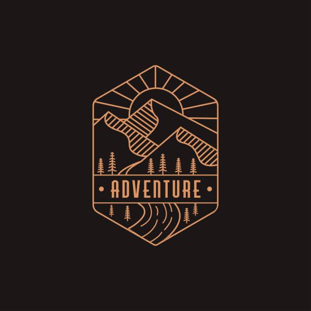 illustrazioni stock, clip art, cartoni animati e icone di tendenza di logo avventura all'aperto paesaggio - mountain