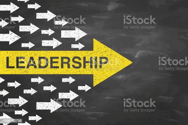 Leadership Concepts With Arrows On Blackboad Background - Arte vetorial de stock e mais imagens de Admirar a Vista