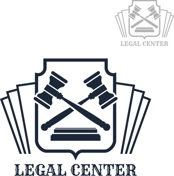 ilustrações, clipart, desenhos animados e ícones de ícone de vetor centro jurídico do código de direito e martelo - assistente jurídico