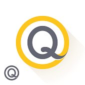 Q letter icon with round line icon.