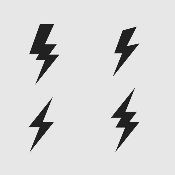 번개 볼트 평면 아이콘 세트 - lightning stock illustrations