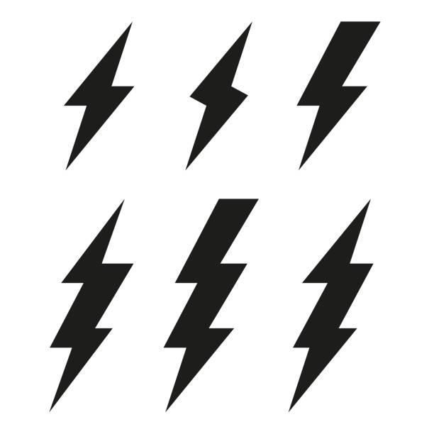 번개 볼트 아이콘입니다. 벼 락입니다. 벡터 세트 - lightning stock illustrations