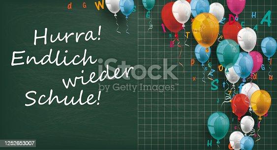 istock Long Blackboard Balloons Letters Endlich Schule 1252653007