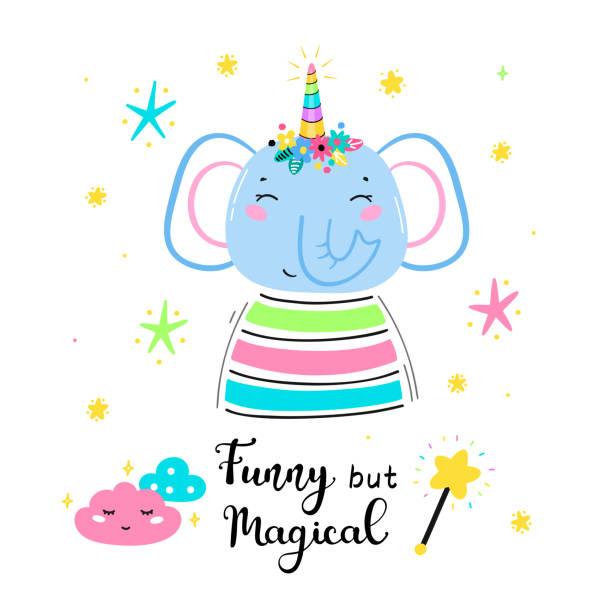 フラワーホーンと「おかしいが魔法」引用ベクトルイラストと魔法かわいいユニコーン象。かわいい動物tシャツプリント、ベビーシャワーカード、託児ポスター、誕生日 - 花のボーダー点のイラスト素材/クリップアート素材/マンガ素材/アイコン素材
