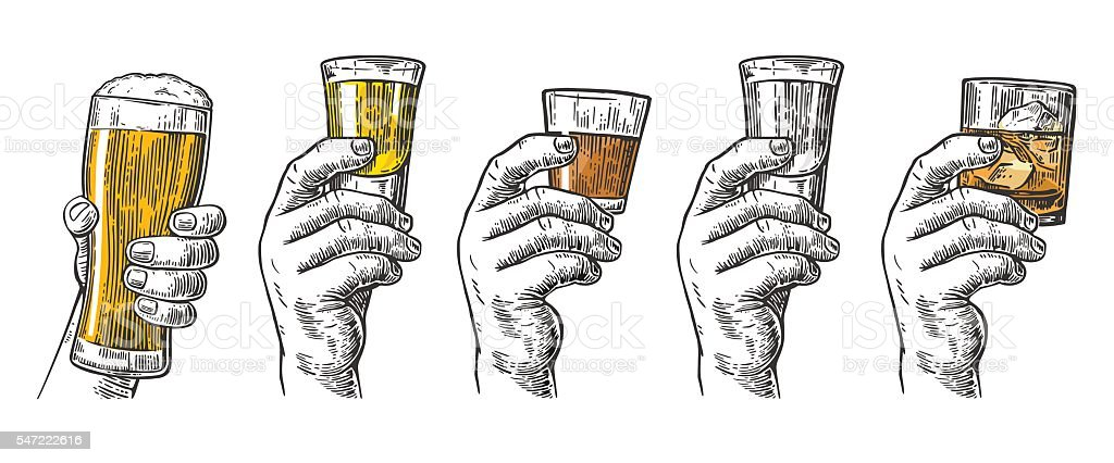 Male hand holding glasses with beer, tequila, vodka, rum, whiskey - illustrazione arte vettoriale