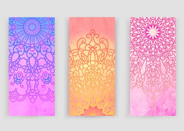 stockillustraties, clipart, cartoons en iconen met mandala op natuur achtergrond. vector boho mandala in groen en roze kleuren. yoga sjabloon, psychedelische, psychologie. lente, zomer bos op een zonnige dag - hennatatoeage