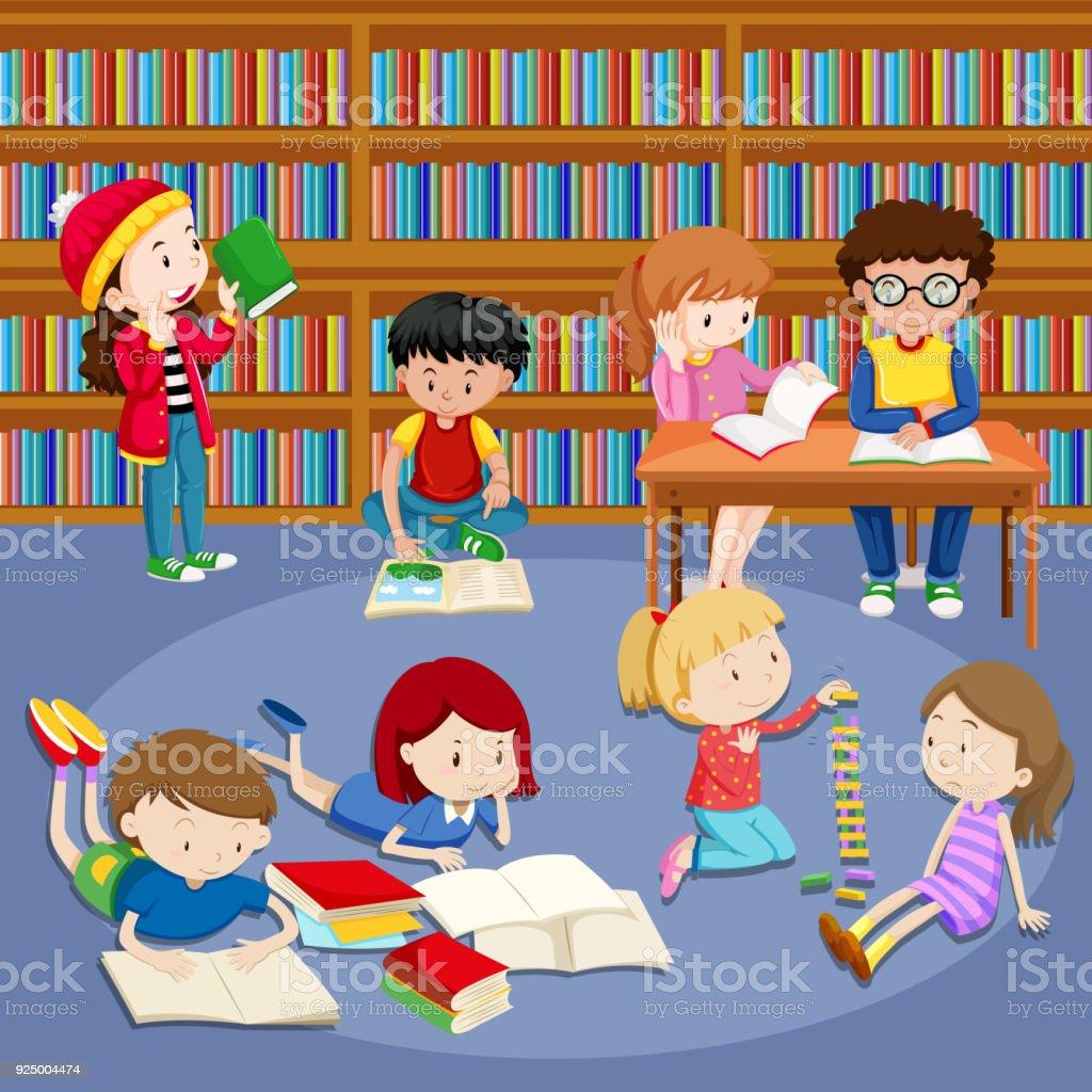Beaucoup Denfants Lisant Des Livres De Bibliotheque Vecteurs