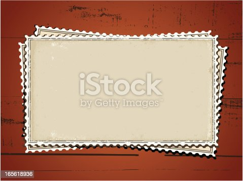 istock marcos de tarjetas sobre madera 165618936