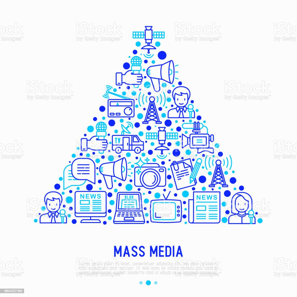Mass media concept in triangle with thin line icons: journalist, newspaper, article, blog, report, radio, internet, interview, video, photo. Modern vector illustration for print media, web page. - Grafika wektorowa royalty-free (Aparat fotograficzny)