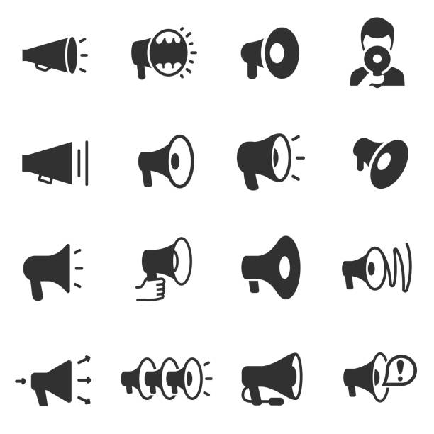 megaphon. monochrome symbole festgelegt. megaphone in verschiedenen formen - megaphone stock-grafiken, -clipart, -cartoons und -symbole