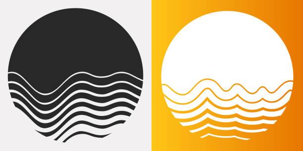 erime güneş daire sembolleri - mountain top stock illustrations