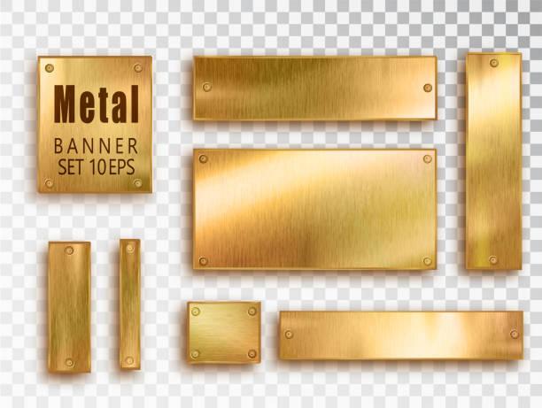 metalowe złote sztandary ustawione realistycznie. wektor metalowe szczotkowane płyty z miejscem na napisy izolowane na przezroczystym tle. realistyczna konstrukcja 3d. tło ze stali nierdzewnej. - metal stock illustrations