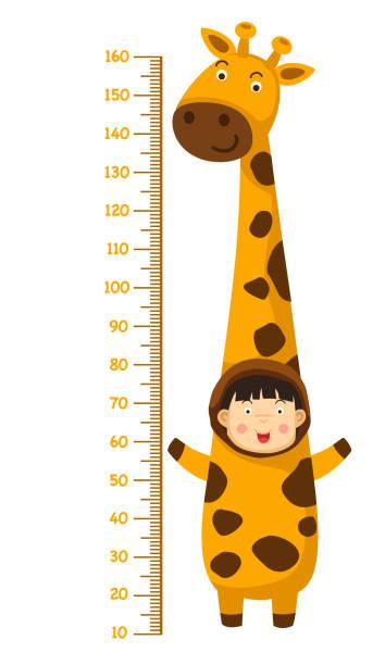 meter langen wand mit giraffe kostüm - giraffenkostüm stock-grafiken, -clipart, -cartoons und -symbole