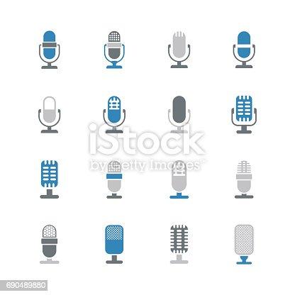 istock Microphone icons 690489880