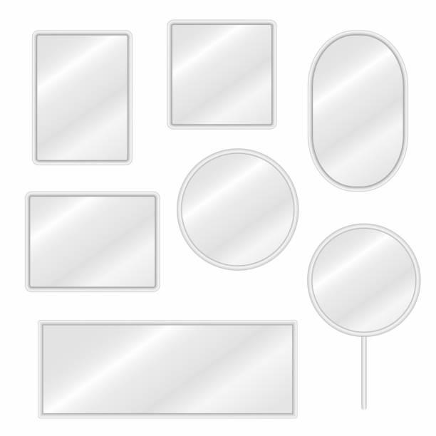 illustrations, cliparts, dessins animés et icônes de reflète la valeur sous différentes formes avec réflexion floue - miroir
