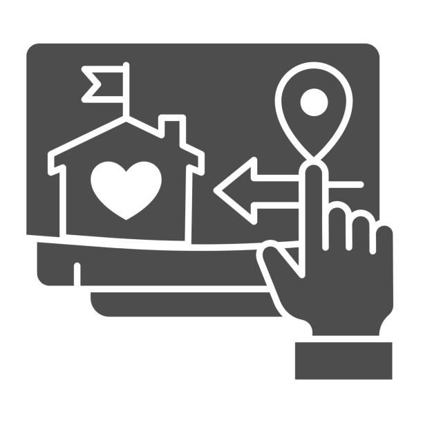 illustrazioni stock, clip art, cartoni animati e icone di tendenza di icona solida del monitor e del puntatore a mano, simbolo della casa intelligente, consegna remota del segno vettoriale merci su sfondo bianco, visualizzazione con icona del pin della mappa di costruzione e posizione nel glifo. grafica vettoriale. - grocery home