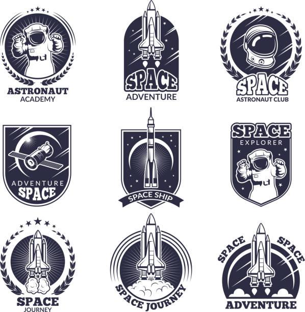 stockillustraties, clipart, cartoons en iconen met monochroom etiketten voor de astronauten. vector badges sjablonen met plaats voor uw tekst - raket ruimteschip