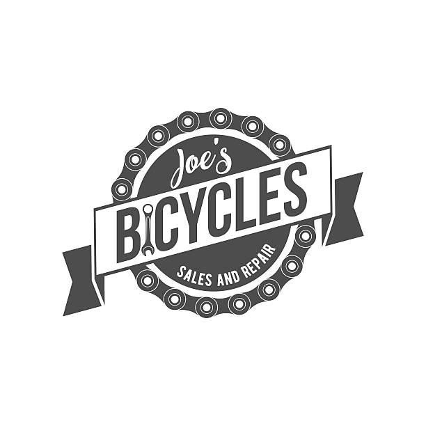 illustrazioni stock, clip art, cartoni animati e icone di tendenza di bici di montagna distintivi, logo e marchi - negozio sci