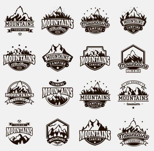 ilustraciones, imágenes clip art, dibujos animados e iconos de stock de conjunto de iconos insignia montaña naturaleza viajes vector al aire libre - mountain top