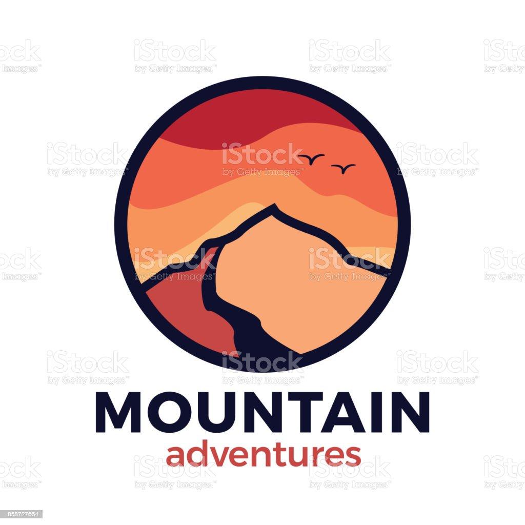 山・ アウトドア ・ アドベンチャーのコンセプトです。キャンプ、ハイキング、他の野外活動のためのベクター デザイン ベクターアートイラスト