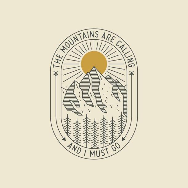 산들이 부르고 있고 나는 가야한다. 미니멀 한 복고풍 스타일의 얇은 줄 지어 로고 또는 배지 또는 산 풍경 포스터 디자인 템플릿. 벡터 일러스트레이션 - mountain top stock illustrations
