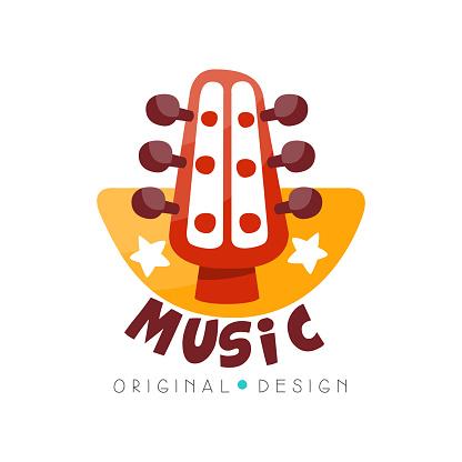 음악 로고 원래 디자인 음악 스튜디오 흰색 배경에 게 배지 벡터 일러스트 레이 션 개념에 대한 스톡 벡터 아트 및 기타 이미지