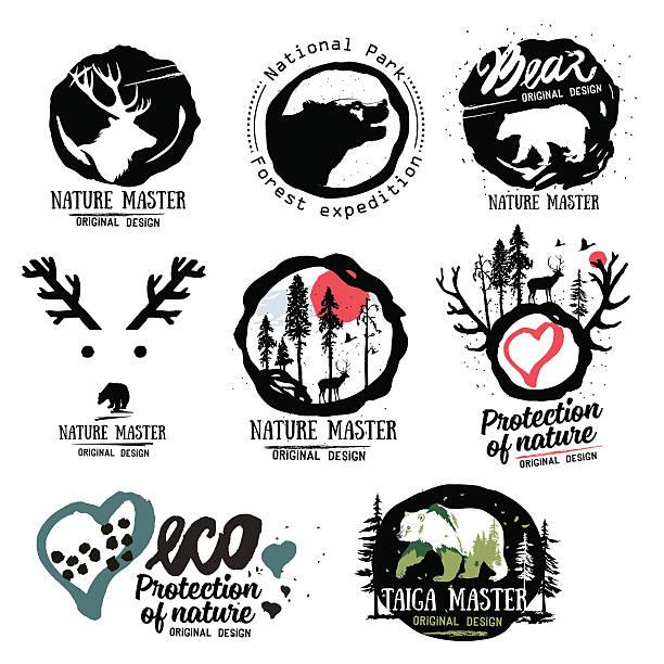 natur logo. wilde tiere im wald logo-schild. - nationalpark stock-grafiken, -clipart, -cartoons und -symbole