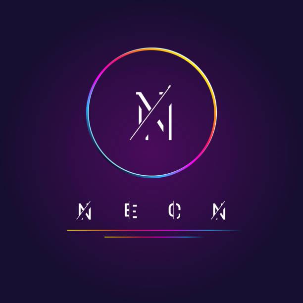 Símbolo del círculo de neón con gradiente de colores - ilustración de arte vectorial