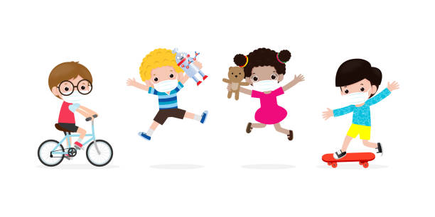 illustrations, cliparts, dessins animés et icônes de nouveau concept de mode de vie normal. groupe heureux d'enfants portant le masque de visage jouant des jouets et la distanciation sociale protègent le coronavirus covid-19, les enfants et les amis de retour à l'école isolés sur le fond blanc - enfant masque