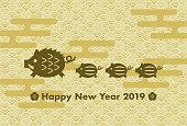 2019 年賀状: イノシシと日本の伝統的なパターンの年