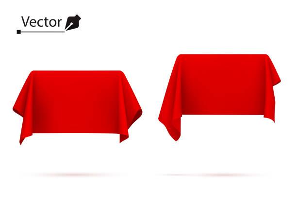 objekt mit rotem seidentuch bedeckt. box, rechteck. überraschung, auszeichnung, preis, präsentationskonzept. zeigen sie ein ausgeblendetes objekt an. - entdeckungskiste stock-grafiken, -clipart, -cartoons und -symbole